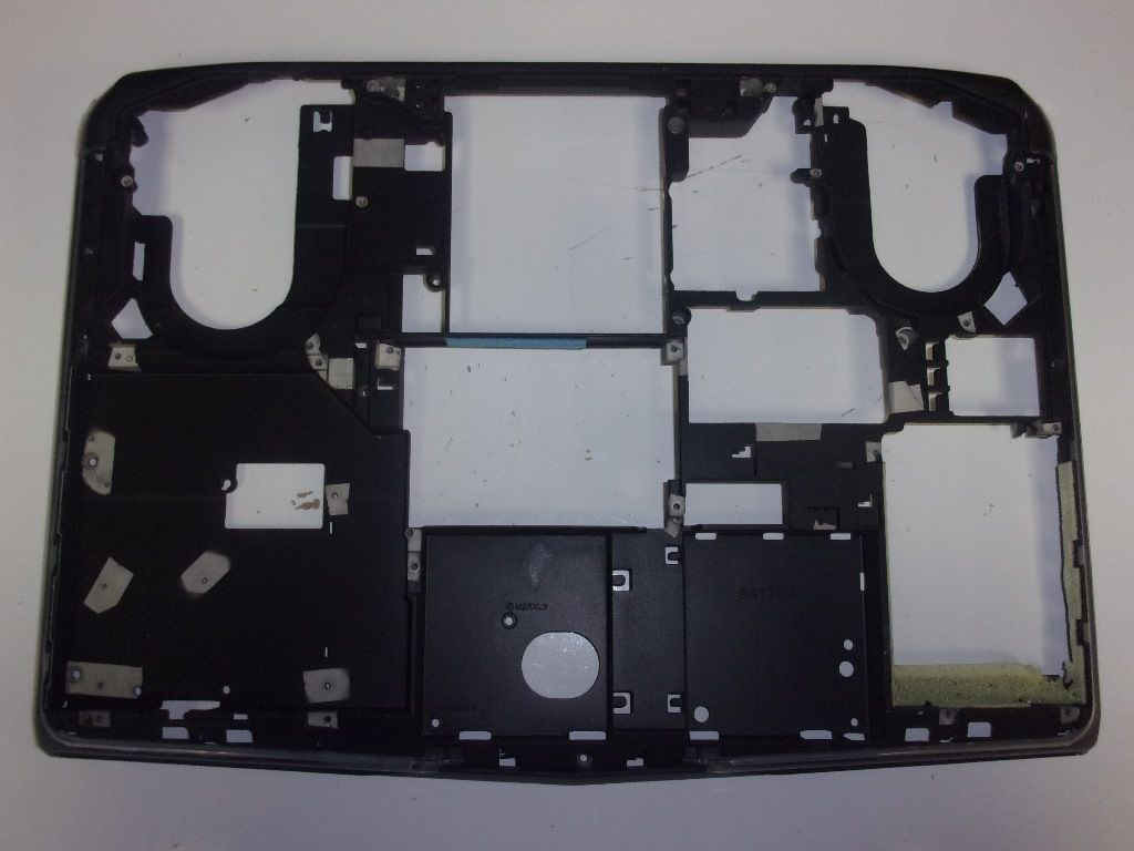 Dell Alienware M17X R5 0GXRRC VAS00 AM0UJ000B20 MainBoard LOWER Bottom Case Base Cover